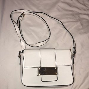 FOREVER 21 White Crossbody Bag